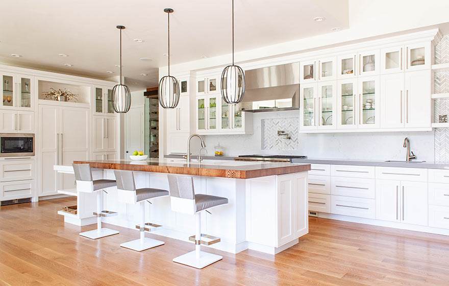 A stunning Sea Salt WBF painted kitchen, perfect for entertaining.