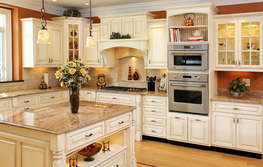 Comfortable and charming, this open, light kitchen will make any guest feel at home.